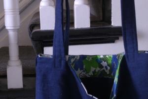 Houseproud project - marketing tote close up