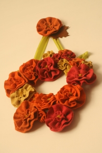 Wreath with stamens & filled out with a few more flowers ...