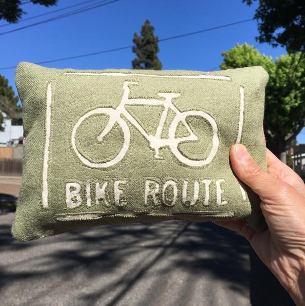 houseproud-bike-themed-charm-pillow-road.jpg