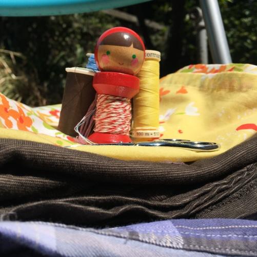 Houseproud mending in garden 2018 summer IMG_2454